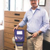 Veterinarian Dr. Scott Leffler utilizza Laserterapia MLS